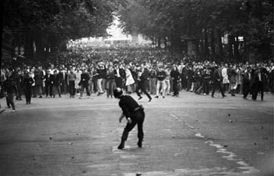 Метатель камней, студенческие волнения, Франция